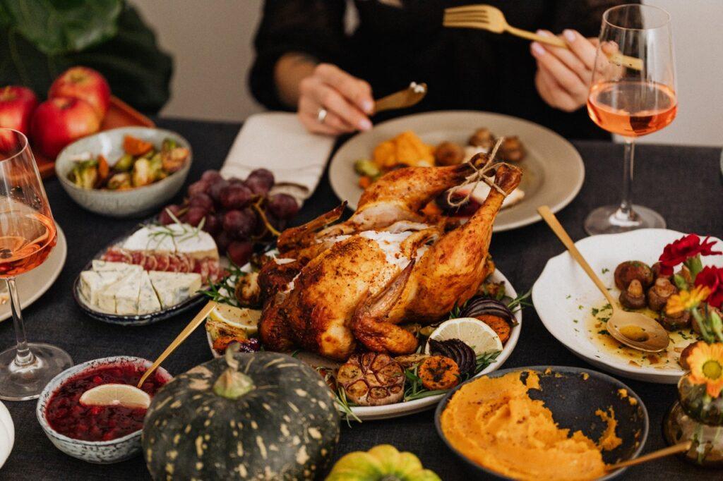 Oprezno sa obiljem hrane za praznike, žučna kesa je u opasnosti. Foto Pexels